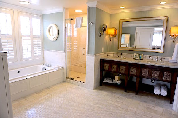 Disney's Beach Club Resort Presidential Newport Suite master bath image