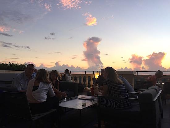 Capa Four Seasons Orlando terrace image