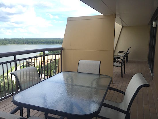 Disney S Contemporary Resort S 14th Floor Suites Disney