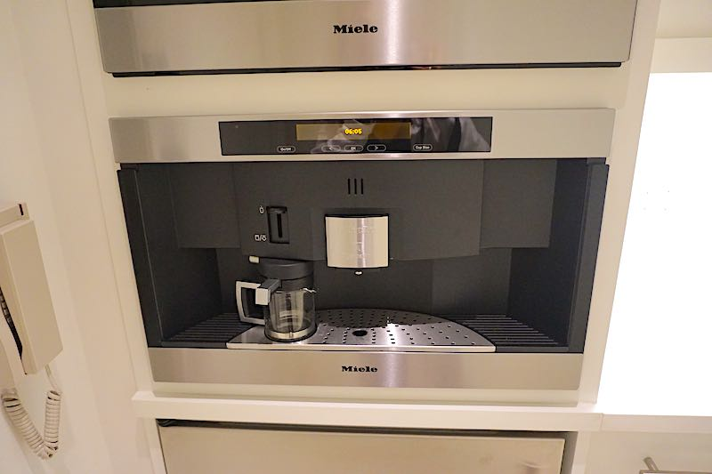 Four Seasons Orlando Grand Suite coffee machine image