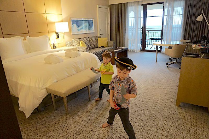 Four Seasons Orlando Grand Suite guest room image