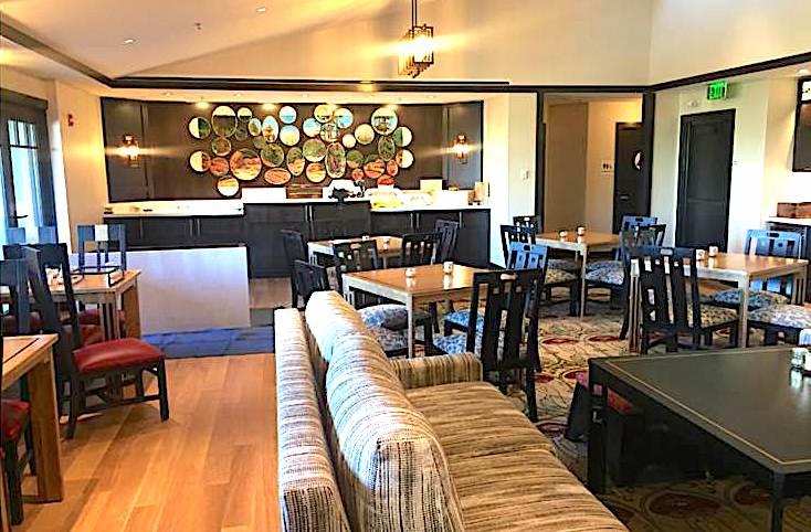 Disney's Grand Californian Hotel conicerge lounge image