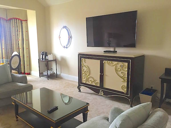 Disney's Grand Floridian One-bedroom Suite parlor image