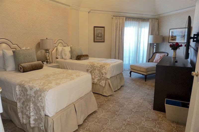 Grand Floridian Resort Grand Suite guest bedroom image