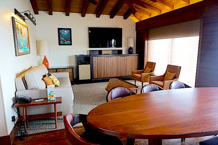 Disney's Polynesian Villas bungalows living room image