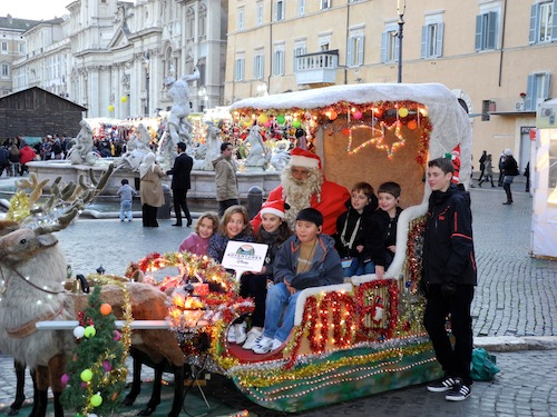 Santa in the Piazza Navona