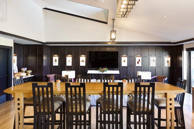 Disney's Grand Californian Hotel The Veranda concierge lounge image