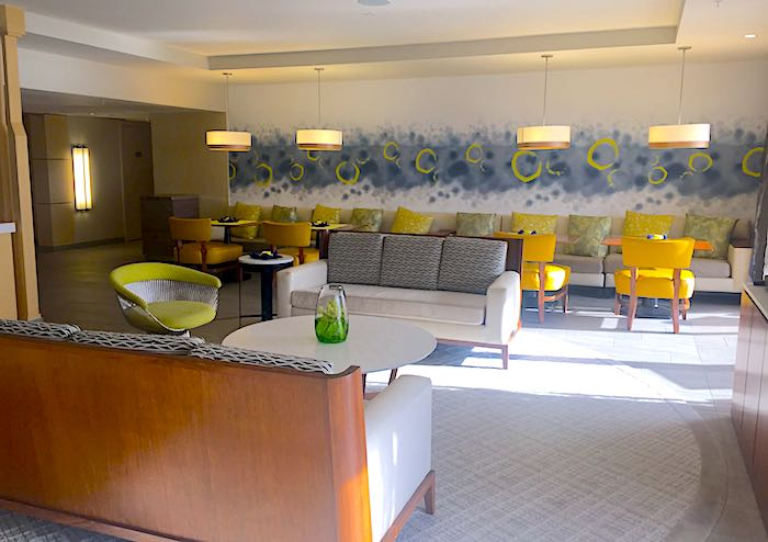 Disney's Contemporary Resort 14th Floor concierge lounge image