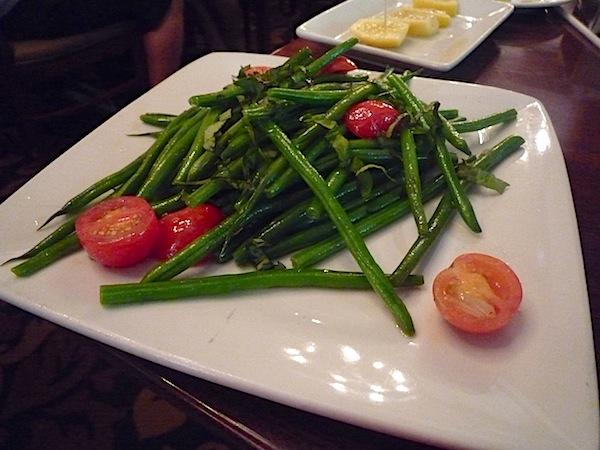 Tutto Italia Epcot green beans image