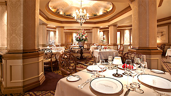 Disney's Victoria & Albert's dining room image