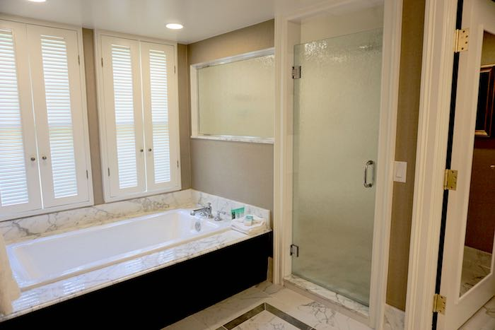 Disney's Yacht Club Captain's Deck Suite master bath image