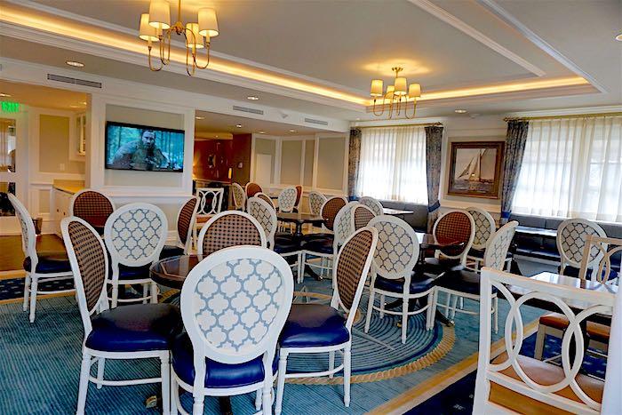 Disney's Yacht Club concierge lounge image